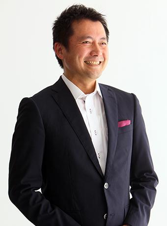 NLPトレーナー:田岡 英明